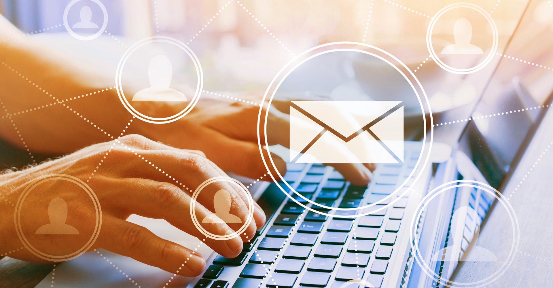 E-Mails am Laptop abrufen
