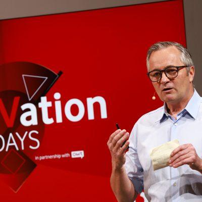 Vodafone Deutschland CEO Hannes Ametsreiter auf der Business Stage der Vodafone eleVation DIGITAL DAYS