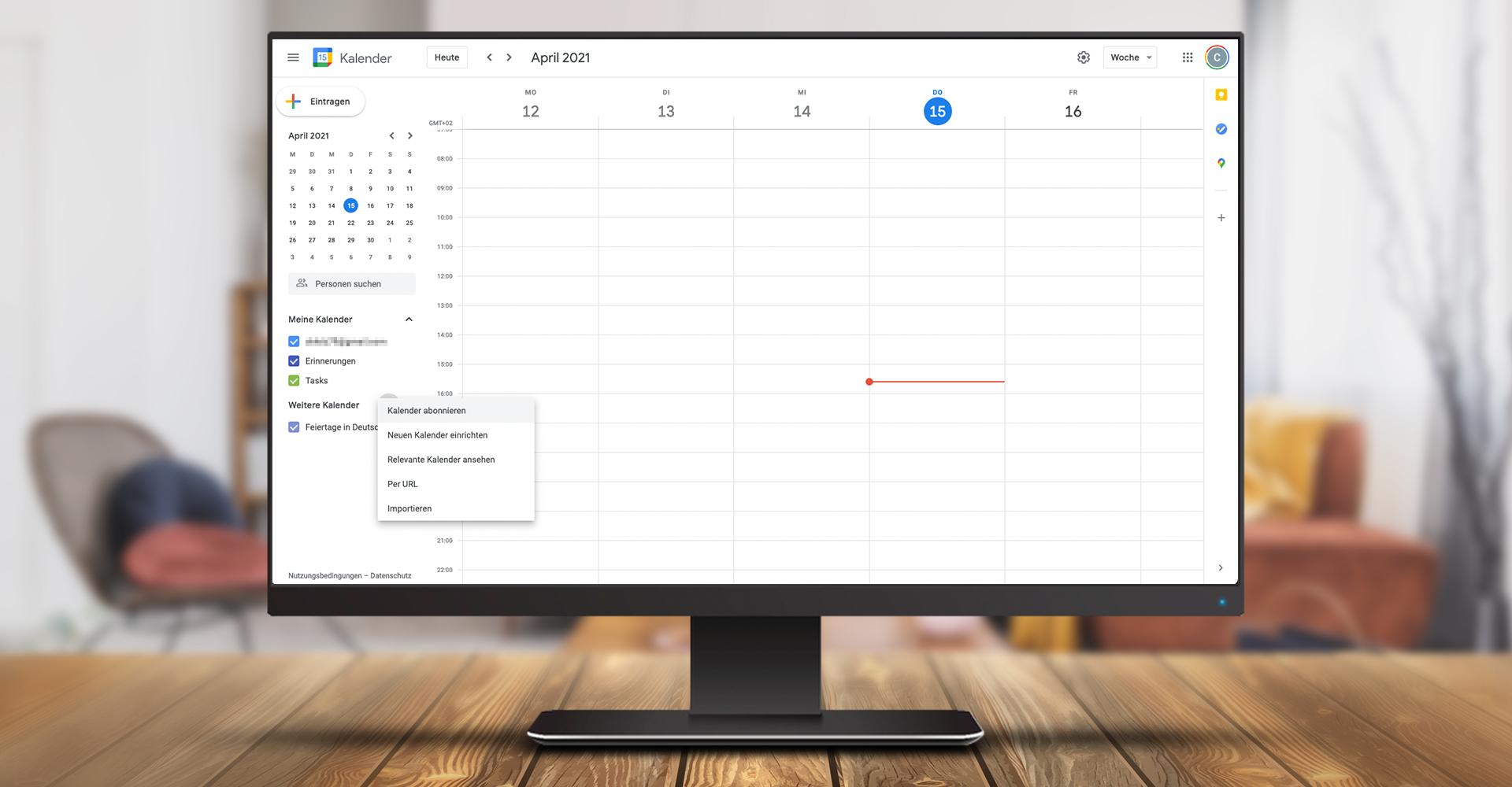 Der Screenshot auf einem Monitor zeigt eine Woche, dargestellt im Google Kalender.